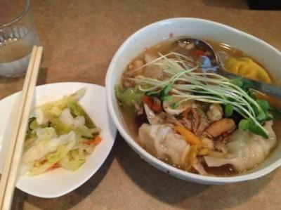 薬膳スープ餃子