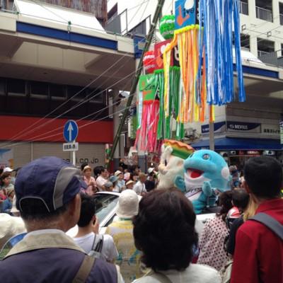 織り姫パレードの大トリ キングベルとウィンディ