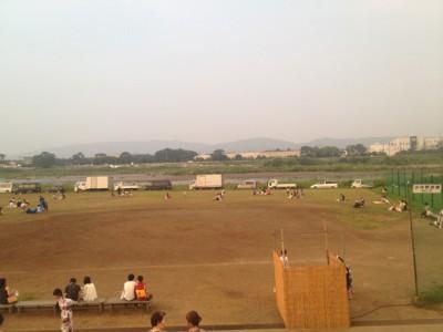 草野球場がある 対岸に見える左岸エリア