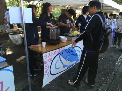 サバトロ麺制作風景